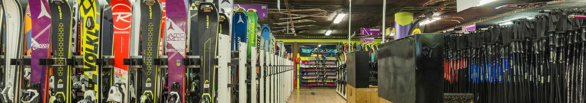 Ski rental in Arinsal Vallnord – Sant Moritz